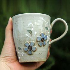 Budget Decorating Using Pottery Ceramic Tableware, Ceramic Cups, Ceramic Art, Pottery Mugs, Ceramic Pottery, Pottery Art, Clay Art Projects, Ceramics Projects, Stars Disney
