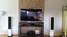 Tv væg, som skjuler ledninger. DIY