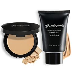 Glo Minerals makes science beautiful by infusing formulations with the powerful antioxident blend of Vitamins A, C, E and Green Tea Extract. On your skin, this blend provides nurtients that are vital for maintaing the health of your skin while protecting it from further damamge.