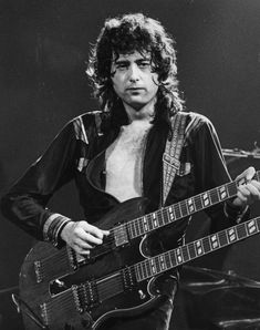 Jimmy Page of Led Zeppelin at the Pacific Coliseum in The Band, Great Bands, Cool Bands, Jimmy Page, Hard Rock, John Paul Jones, John Bonham, Robert Plant, Heavy Metal