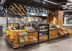 Breaking away from the standard airport food court, the new concept brings the outdoor vibrancy of an urban street food market indoors, for a fresh and exciting food experience that is a destination in its own right. Food Court Design, Food Design, Kiosk Design, Cafe Design, Retail Design, Mini Mercado, Film Maker, Store Concept, Airport Food