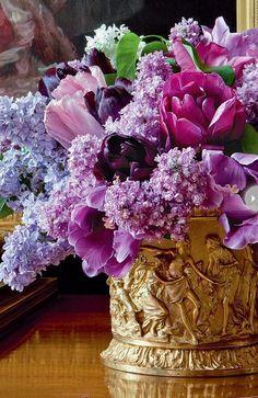 Gorgeous floral centerpiece ~  #centerpiece  #flowers