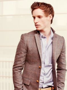 Eddie Redmayne. If it weren't so hot, I would be wearing this outfit.