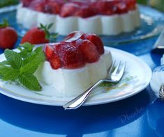 Non Chocolate Desserts, Kinds Of Desserts, Sweet Desserts, Sweet Recipes, Yogurt, Jelly, Panna Cotta, Cheesecake, Food And Drink