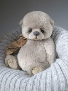 Cute little Humphrey Teddy Bear Cartoon, Cute Teddy Bears, Teddy Bear Pictures, Handmade Stuffed Animals, Teddy Toys, Bear Doll, Crochet Bear, Stuffed Animal Patterns, Felt Animals