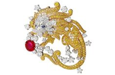 Van Cleef & Arpels looks to the stars for the Biennale des Antiquaires show Global Blue