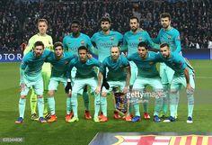 Fotografía de noticias: Equipo FC Barcelona plantea ante los Campeones ...