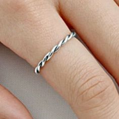 .925 Sterling Silver ring size 8 Infinity Twist Braided Band Ladies Midi New p70 #Unbranded #Braided