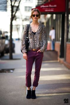 Amanda Nørgaard | New York City: The mixture of luxe pants with that bold shirt and statement belt, paired with the shoes and vintage sunglasses makes for one effortlessly cool look.