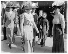 Image result for fashion in turin exhibition 1911