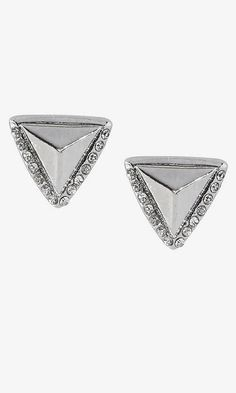 #earrings  http://www.shopstyle.com/action/loadRetailerProductPage?id=468334022&pid=uid7441-25962271-17