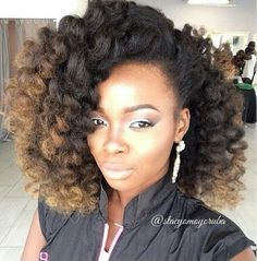Ombre hair continues to dominate the hair world creating an explosion of unique hairstyles, hair colors and extensive diversity in the hair community. While ombre hair coloring has been around for … Pelo Natural, Natural Hair Tips, Natural Hair Styles, Natural Weave, Natural Girls, My Hairstyle, Afro Hairstyles, Black Hairstyles, Beautiful Hairstyles