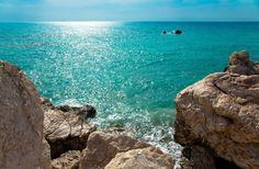 Zypern - das Land mit über 320 Sonnentage bietet nicht nur Ayia Napa mit Ihrem quirligen Nachtleben, sondern auch eine abwechslungsreiche Landschaft mit vielen unberührten Plätzen.
