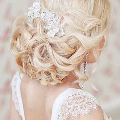 Pretty #wedding hair. belllahairbyv | WedBrilliant - Plan your Wedding, Name Your Price