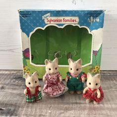 Vintage Sylvanian Families Tomy Catwood Cat Family Figures RARE with Box | eBay