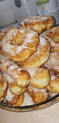Bread Appetizers, Greek Sweets, Food Gallery, French Toast, Breakfast, Yummy Yummy, Morning Coffee