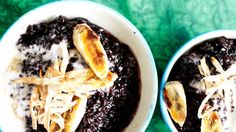 Black sticky rice with taro and caramelised banana recipe : SBS Food Rice Desserts, Banana Dessert Recipes, Asian Desserts, Sweets Recipes, Fruit Recipes, Asian Recipes, Fruit Dessert, Meal Recipes, Dessert Ideas