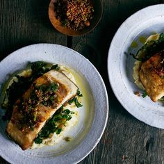 Poaching is perfect for when you want to make a sophisticated meal without making it complicated. There are many different ways to poach fish, and in this post, we're sharing our favorites. Poached Fish Recipes, Salmon Recipes, Seafood Recipes, Healthy Food Choices, Healthy Recipes, Diabetic Recipes, Easy Cooking, Cooking Recipes, Cooking Fish
