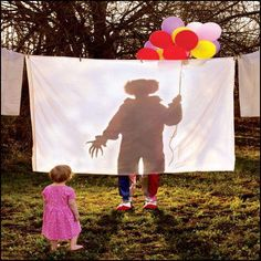 Joshua Hoffine Horror Photography {i am afraid of clowns, like seriously afraid. This image would never be hung in my house, but kind of interesting series to do for photography, horror. Casa Halloween, Theme Halloween, Halloween 2017, Halloween Maze, Halloween Camping, Halloween Circus, Halloween Festival, Halloween Photos, Halloween Ideas