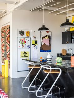 Interior Inspiration, Room Inspiration, Kitchen Inspiration, Home Interior Design, Interior Decorating, Studio Decorating, Decoration Chic, Funky Home Decor, Aesthetic Room Decor