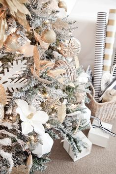 diy flocked tree-spray painted! boxwood clippings | gold and white christmas tree
