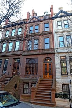 NYC Brownstone...makes me want to live there