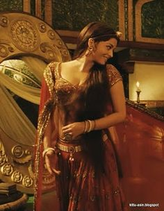 Venom Hot Pix: Aishwarya rai navel and cleavage show from jodha akbar World Most Beautiful Woman, Most Beautiful Indian Actress, Beautiful Actresses, Gorgeous Women, Actress Aishwarya Rai, Bollywood Actress Hot, Bollywood Outfits, Bollywood Fashion, Indian Aesthetic