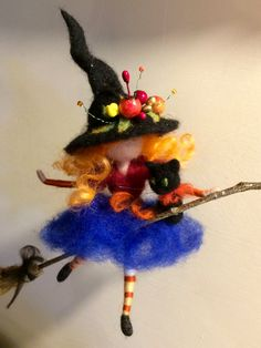 Needle felted Fairy, Waldorf inspired, Witch with black cat, Halloween, Wool doll, Art doll, Autumn ornament, Gift