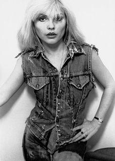 """Debbie Harry photographed by Sheila Rock - 1977 """