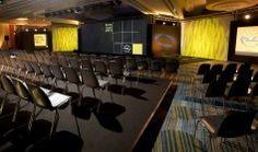 La sala di presentazione del lancio dell'evento dell'Opel Karl organizzato da The Line Above n' Below.