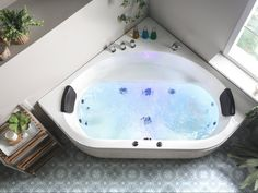 Corner Bathtub Shower, Jacuzzi Bathroom, Big Bathtub, Corner Tub, Bathroom Toilets, Jacuzzi Bad, Two Person Tub, Whirlpool Spa, Dream Bath