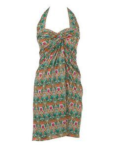 Wickelkleid - verschiedene Tragevarianten Das Wickelkleid kann als Träger-, Neckholder- oder Bustierkleid getragen werden.     Sie brauchen: Jersey, gemustert, 140 cm breit: 2,15 m für alle Größen, bei einem ca. 10 cm großen Musterrapport. Elastisches Band, 1 cm breit: 0,80 – 0,85 – 0,85 – 0,90 – 0,95 – ,00 m. Armreif, Ø 7 cm.  Stoffempfehlung: Feine Jerseystoffe.
