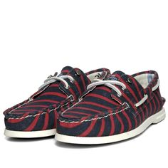 Sperry Topsider x Band Of Outsiders Authentic Originahttp://www.facebook.com/DressShoesandSneaker  http://dressshoesandsneakers.tumblr.com/l 3-Eye