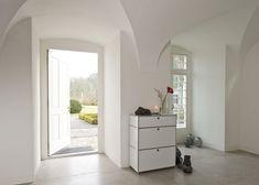 Flexcube Modulmöbel für Office und Home. Individuell konfigurierbar. Wir planen für Sie.  Schnell, einfach, unkompliziert. Office, Oversized Mirror, Design, Furniture, Home Decor, Table Desk, Simple, Interior Design, Design Comics