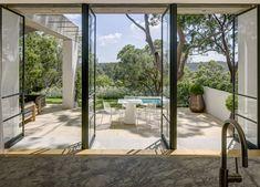 Arched Front Door, Modern Deck, Stucco Exterior, Front Courtyard, Australian Architecture, Modern Architecture, Steel Windows, Room With Plants, Australian Garden