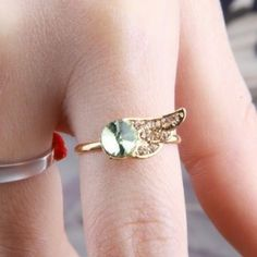 Fashion Rhinestone Wing Crystal Rings for Women