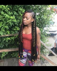 What are the box braids? We braid hair since the dawn of time, so we found traces of braided hairstyles dating back to Prehistory! After a dazzling comeback in the the fashion of braids (or rather mats) does not seem… Continue Reading → Box Braids Hairstyles, My Hairstyle, African Hairstyles, Girl Hairstyles, Pretty Hairstyles, Teenage Hairstyles, Hairstyles Videos, Black Girl Braids, Braids For Black Hair