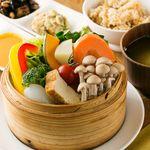 トライシクルカフェ - 料理写真:旬の野菜のせいろ蒸しセット