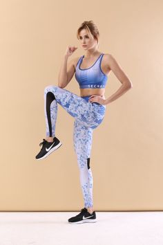 leggings workout gym running outfit sport top bra Sports Leggings, Workout Leggings, Bra Tops, Gym Workouts, Running, Pants, Outfits, Women, Fashion