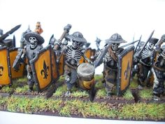 Undead army - Nice pictures. Done with kits of Bretonnian mens at arms, vampire counts skeletons, etc.