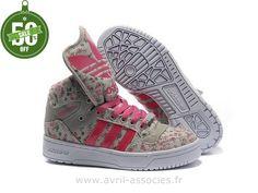 8b1a2ebd6d888 Adidas 2016 - Homme et Femme running chaussures Adidas Originals Metro  Attitude Fashion W - cramoisi gris moyen (Adidas Gazelle Pas Cher)