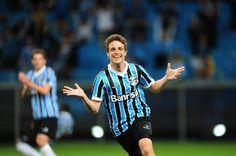 Maxi Rodriguez liberado no BID está apto para jogar e viajará com o Grêmio para o jogo contra o Santos no domingo.
