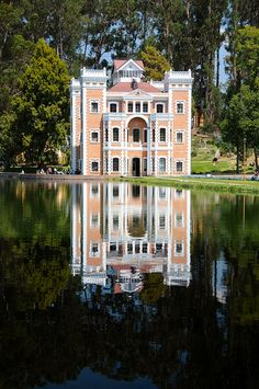 Chautla Hacienda    Located in the San Martin Texmelucan Valley of Puebla, Mexico    @Amy Lyons Layman I'm so upset that we didn't see this when we were in Puebla!!! So upset!