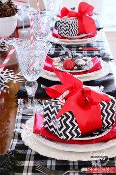 Christmas+table-stonegableblog.com.jpg 1,059×1,600 pixels