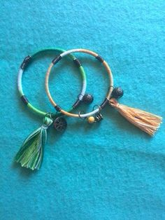 Pulseras forradas de hilo con adornos de alambre Personalized Items, Bracelets, Leather, Jewelry, Wire Ornaments, Ear Rings, Bangle Bracelets, Bangles, Jewlery