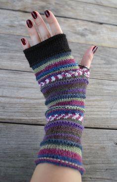 Purple Fingerless Gloves - Knit Fingerless Gloves - Fashion Gloves - Fall Fashion - Womens Fingerless Gloves - Gift nO - Must have! Gloves Fashion, Fingerless Gloves Knitted, Winter Accessories, Winter Wear, Knitting Projects, Arm Warmers, Knit Crochet, Autumn Fashion, Purple