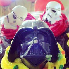 Star Wars+cupcakes=perfect