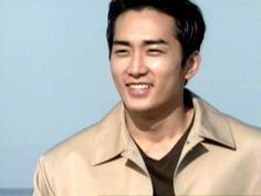 """Song Seung Heon in """"Endless Love / Autumn in My Heart / Autumn Tale"""" series - this is the rare time he smiles in the show. So handsome! Song Seung Heon, Autumn Tale, Autumn In My Heart, Sung Hyun, Tales Series, Handsome Korean Actors, Endless Love, Asian Celebrities, Love Songs"""