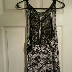 NWOT- Body length dress/sleepwear This can be worn as a dress or as sleep wear. This plus size dress is brand new and has never been worn. Perfect for a spring day or a night in! Cacique by Lane Bryant Dresses Maxi