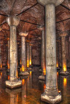 Basilica Cistern - Yerebatan Samici - Istanbul Turkey